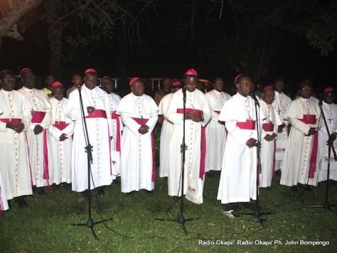 Des évêques congolais membres de la  Cenco le 23/6/2011 au centre Nganda à Kinshasa. Radio Okapi/ Ph. John Bompengo
