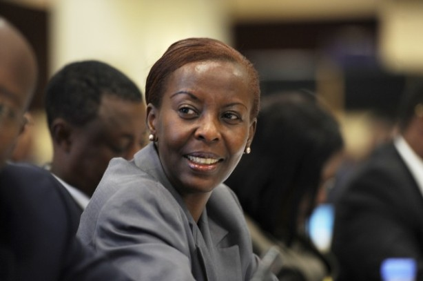 https://congoayuk.files.wordpress.com/2012/06/mushikiwabo-640x425.jpg?w=614&h=407