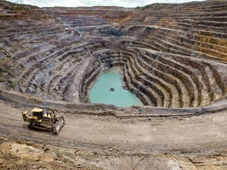 32-congo2-mining