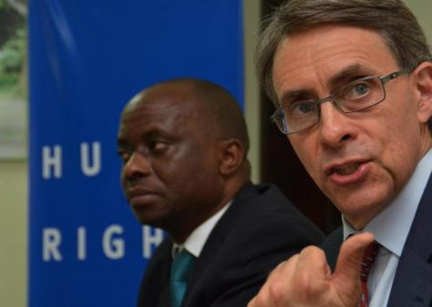 Kenneth Roth, executive director of US-based rights group Human Rights Watch, gives a press conference in Kinshasa on July 22, 2015 (AFP Photo/Papy Mulongo)