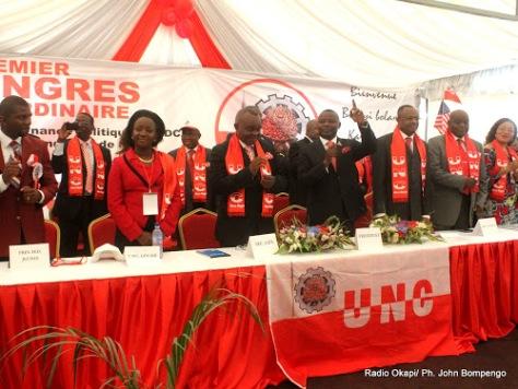 Les membres du bureau de l'UNC ce 28/07/2011 à Kinshasa, lors du premier congrès ordinaire de leur parti politique. Radio Okapi/ Ph. John Bompengo