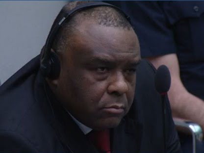 Capture d'écran de la retransmission vidéo du verdict de la CPI sur l'affaire Bemba sur les crimes commis par les troupes du MLC en 2002 et 2003 à Bangui, en Centrafrique.