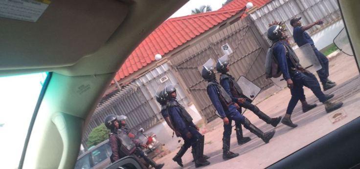 Policier a Kinshasa 080317-at-11.11.02