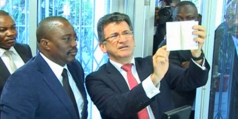 Joseph Kabila, et le PDG de la Semlex, Albert Karaziwan
